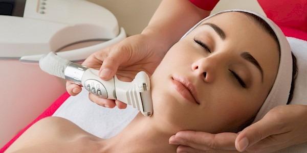 ваккумно-роликовый массаж шеи
